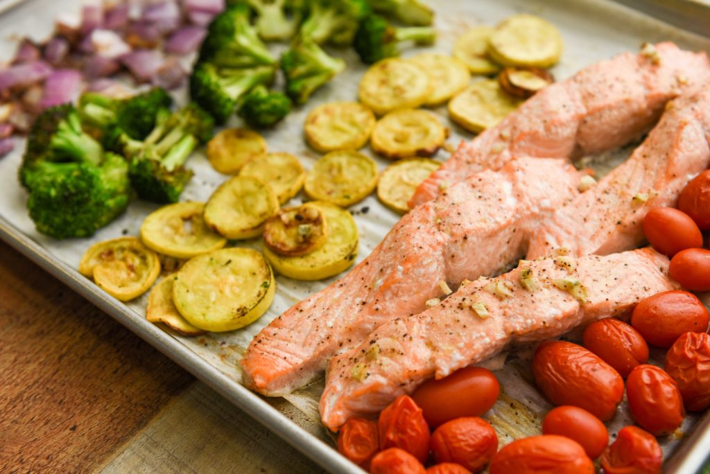 sheet pain rainbow veg and salmon thumbnail 1 1024x684