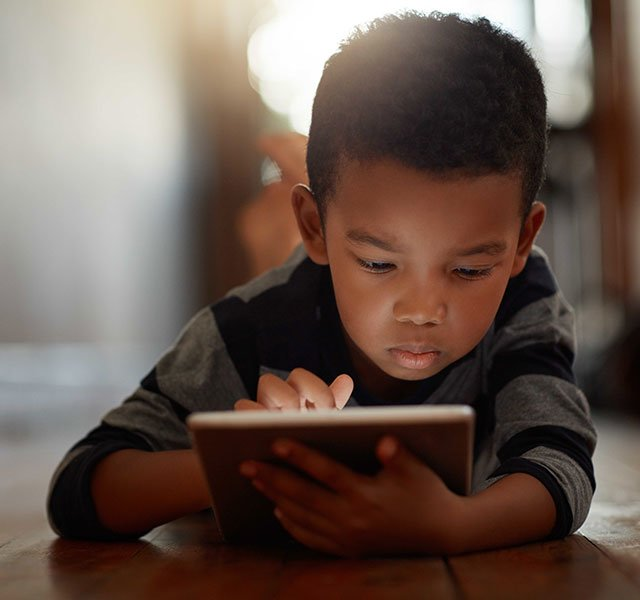 My Child Is Addicted To Screens Working With Families With >> Pros Cons Of Screen Time How To Manage Your Child S Use