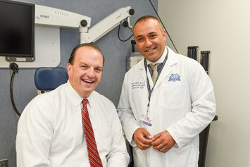 bob livernois head and neck cancer patient with dr ghanem