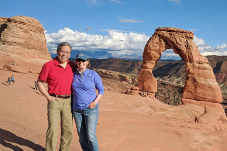 pancreatic cancer patient jack liang and his wife in arches national park utah