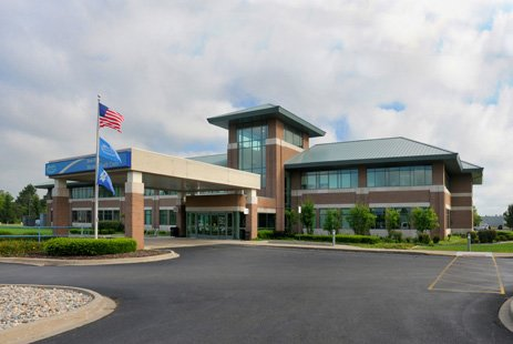 henry ford macomb health center chesterfield