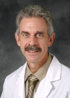 Daniel Ouellette MD